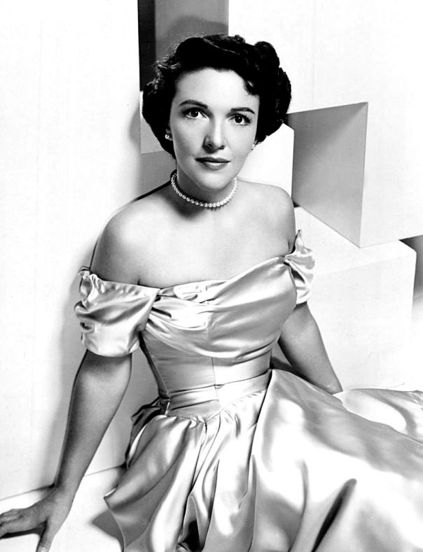 Nancy_Reagan_-_1950