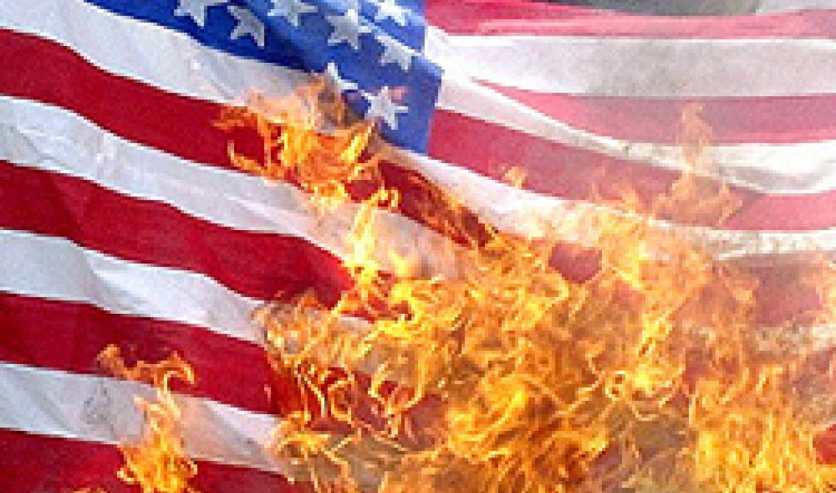 burning-american-flag250.jpg