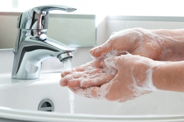 washing-hands.jpg.size-custom-crop.1086x0